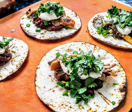wpid-23PlantBased_Tacos_with_Oyster_Mushrooms_2C_Kidney_Beans_2C_Bell_Peppers_2C_Thai_Chili_27s_2C_Cashew_Sour_Cream_2C__Coriander_2C_Scallions__26_Lime__23Phenomenal__23PleaseRomaineCalm
